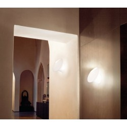 Vistosi Ferea AP applique di design con diffusore in vetro bianco satinato
